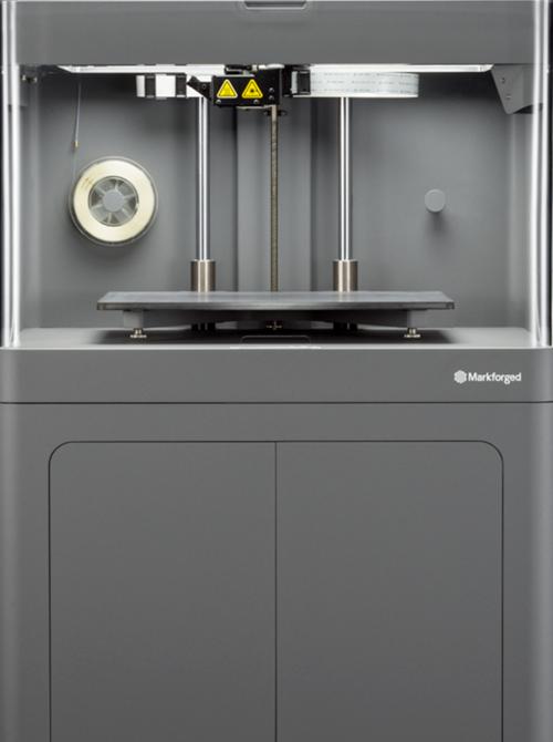 Stampante 3D Markforged X5 per parti rinforzate in fibra luna di vetro | 3D Company